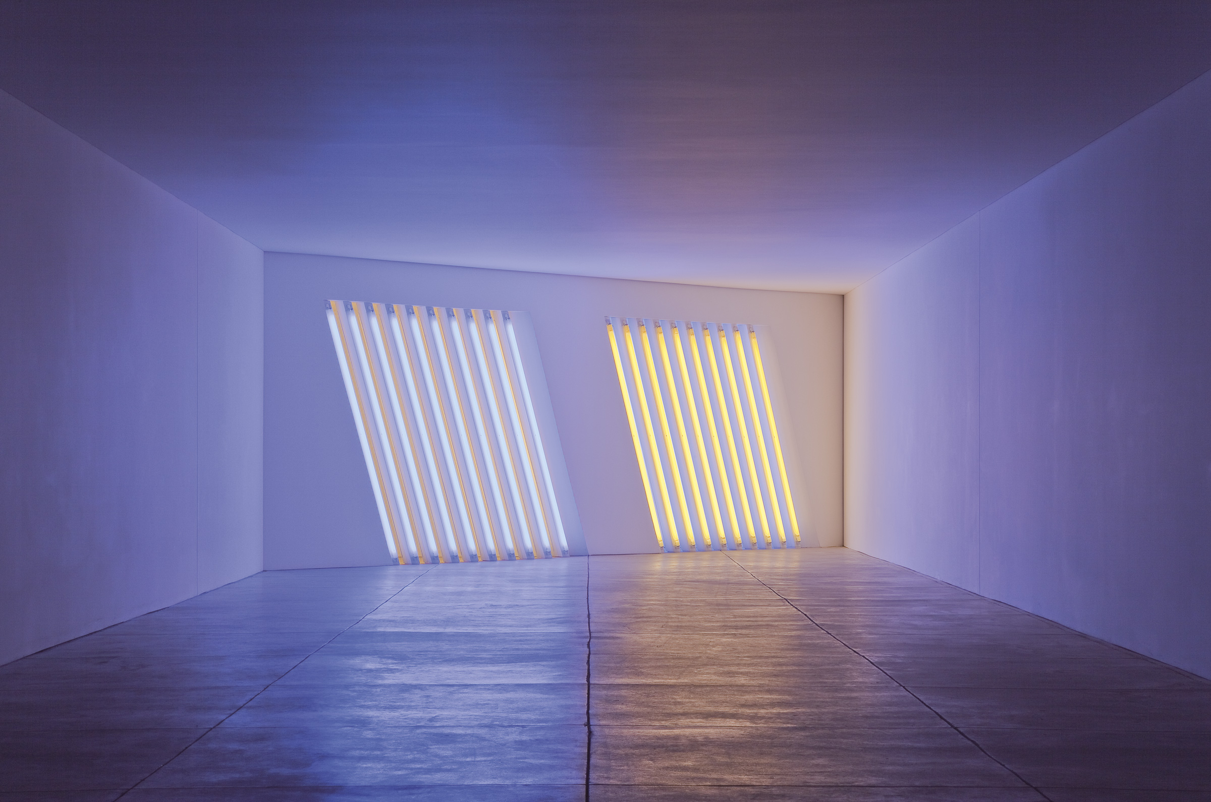 Dan Flavin, untitled (Marfa project) building 4, 1996