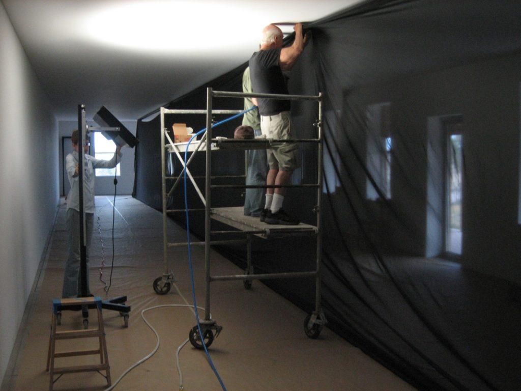 Robert Irwin, untitled (four walls), 2006. Installation view.