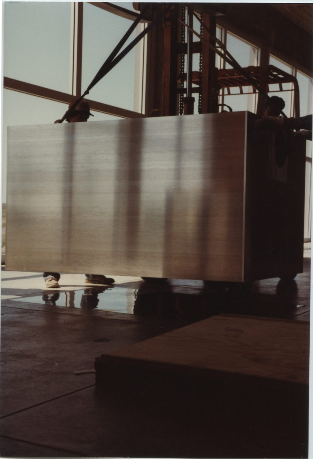 Donald Judd's mill aluminum pieces, arrival and installation