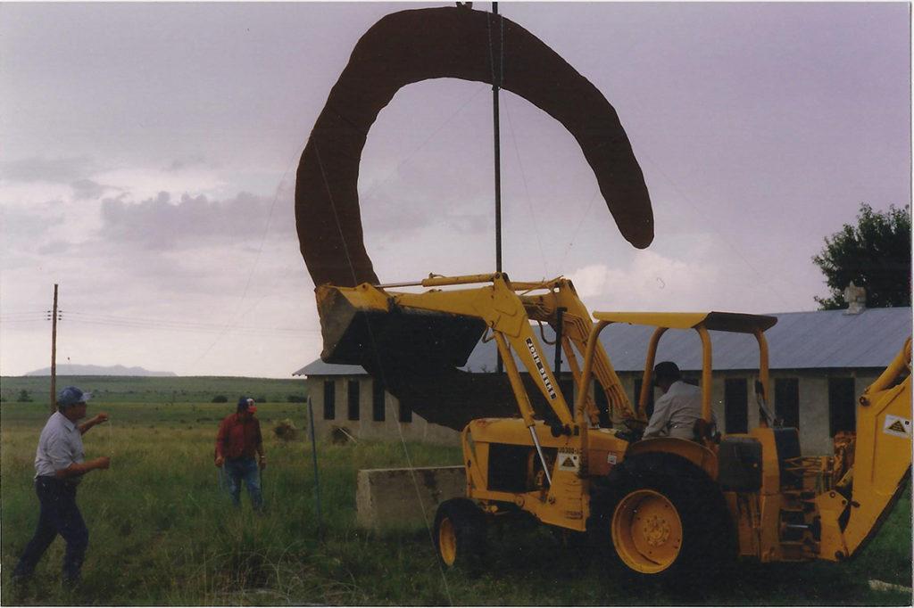 Installation of mock-up for Claes Oldenburg and Coosje van Bruggen's Monument to the Last Horse
